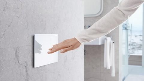 img-geberit-sigma70-flush-plate-white-16-9.jpg