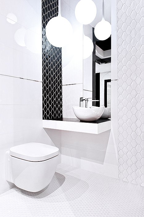 arabesco-minihexagon_blackwhite_bathroom.jpg